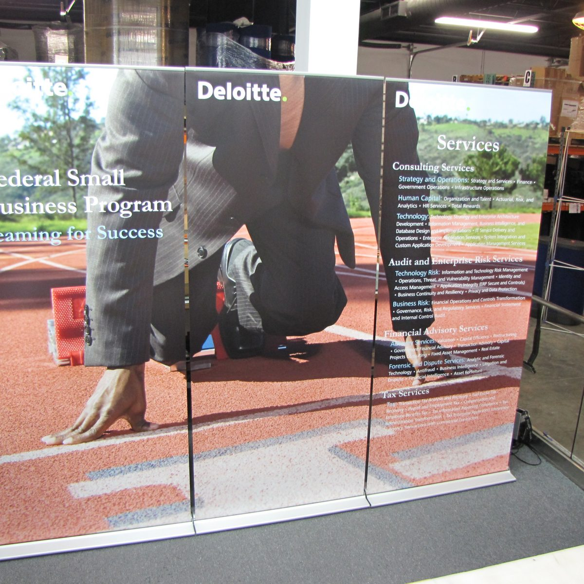 20) Retractable Banner Wall