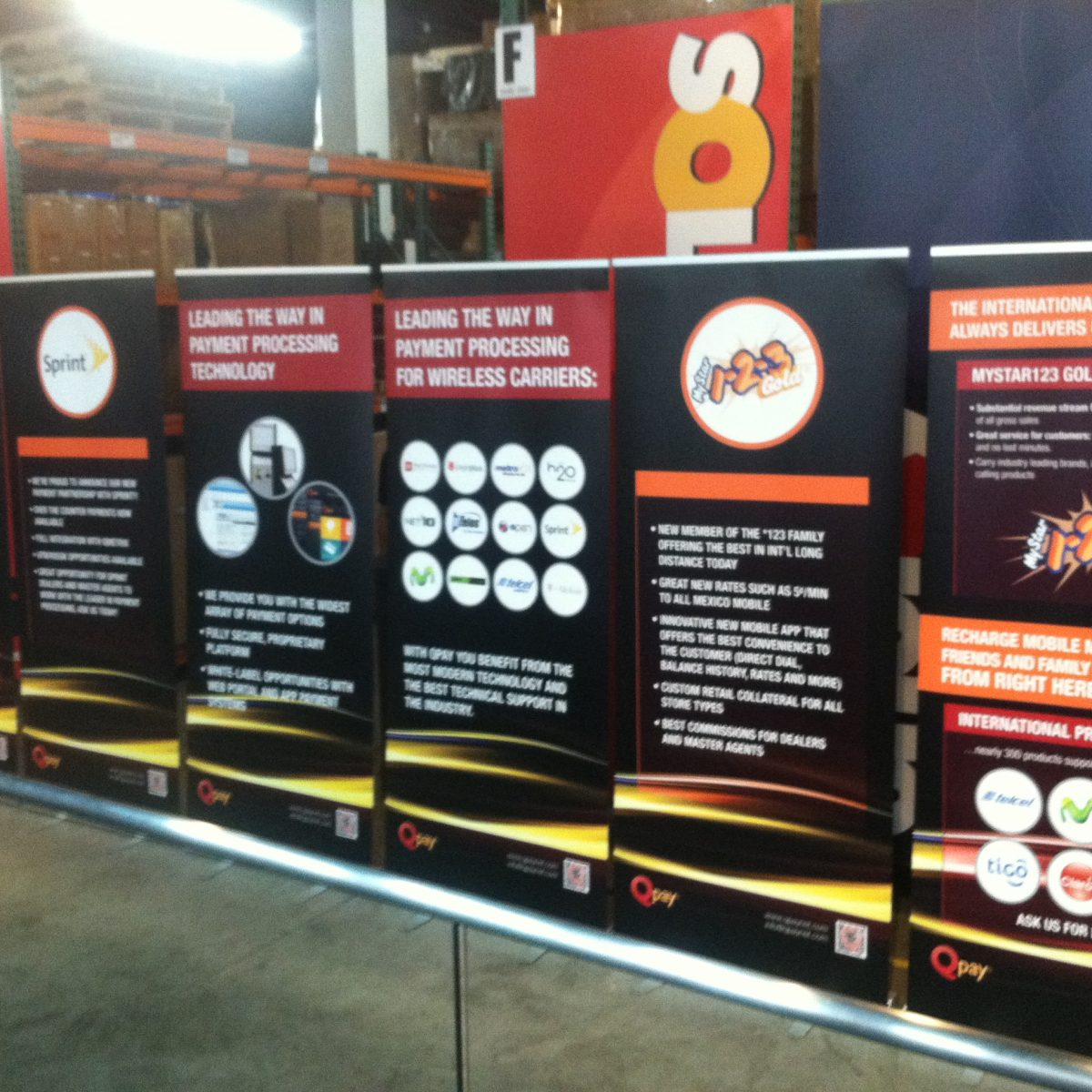 17) Retractable Banner Wall