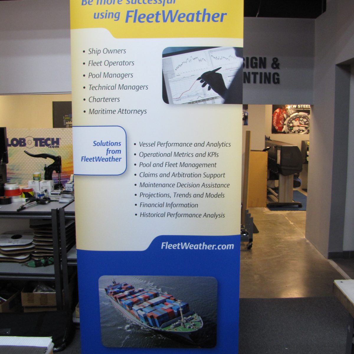 15) Retractable Banner Stand
