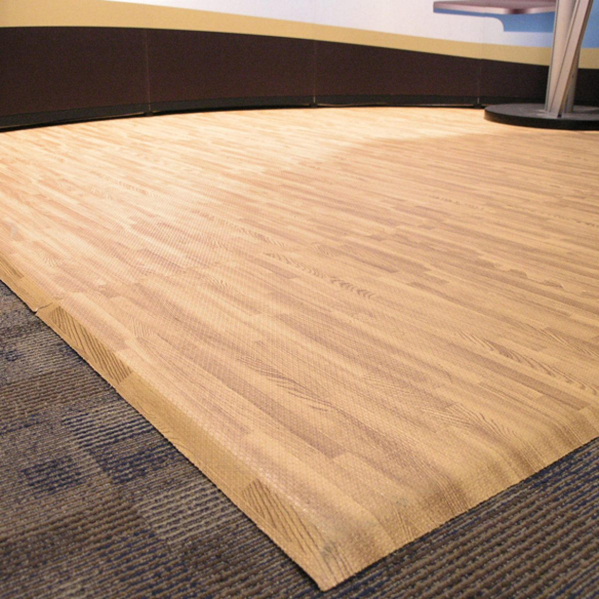 3) Hardwood Comfort Tile